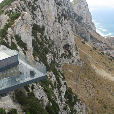 MTI ejecuta el proyecto de ajuste y soldadura estructural en el Skywalk Mount Misery en Gibraltar.